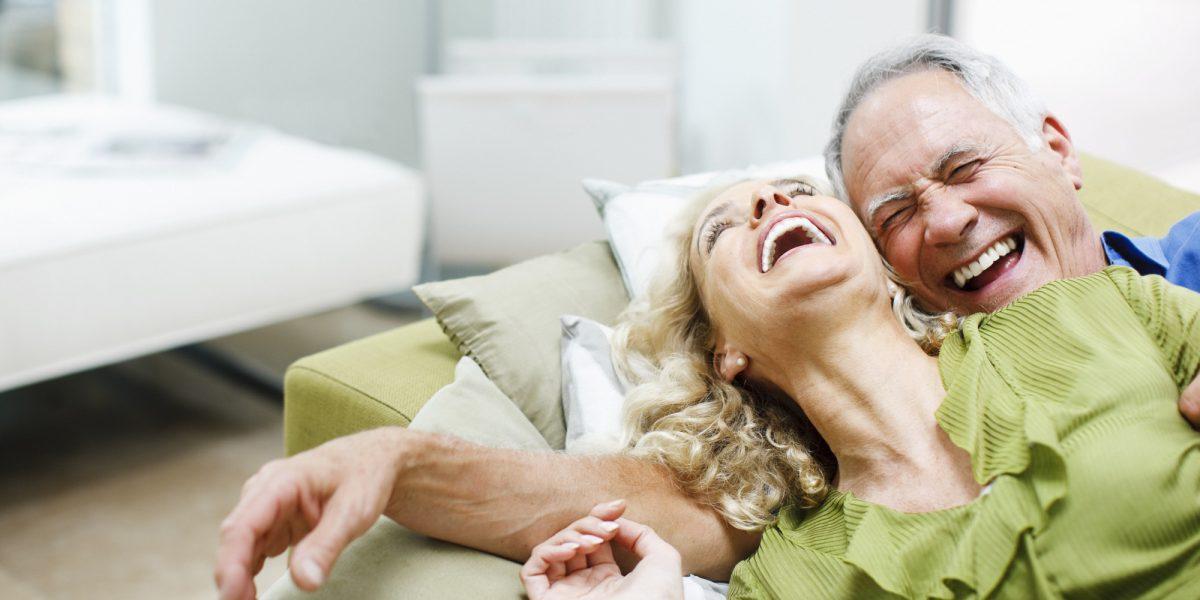 6 Consejos de cuidado dental para personas mayores