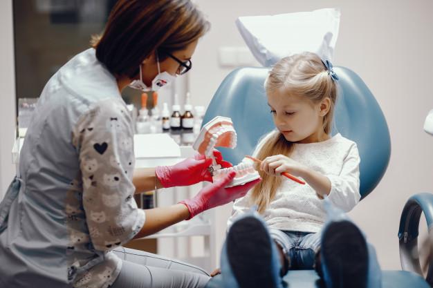 Cualidades de un odontopediatra: el dentista de los niños